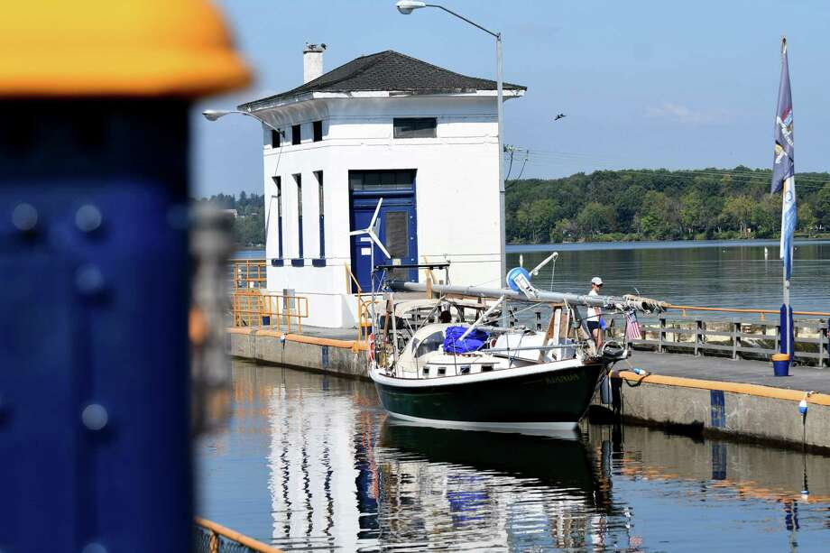 The sailboat Kianda, out of Moncton in New Brunswick, Canada, heads east through Lock 7 on Monday, Sept. 25, 2017, in Niskayuna, N.Y. (Will Waldron/Times Union) Photo: Will Waldron, Albany Times Union / 40041668A