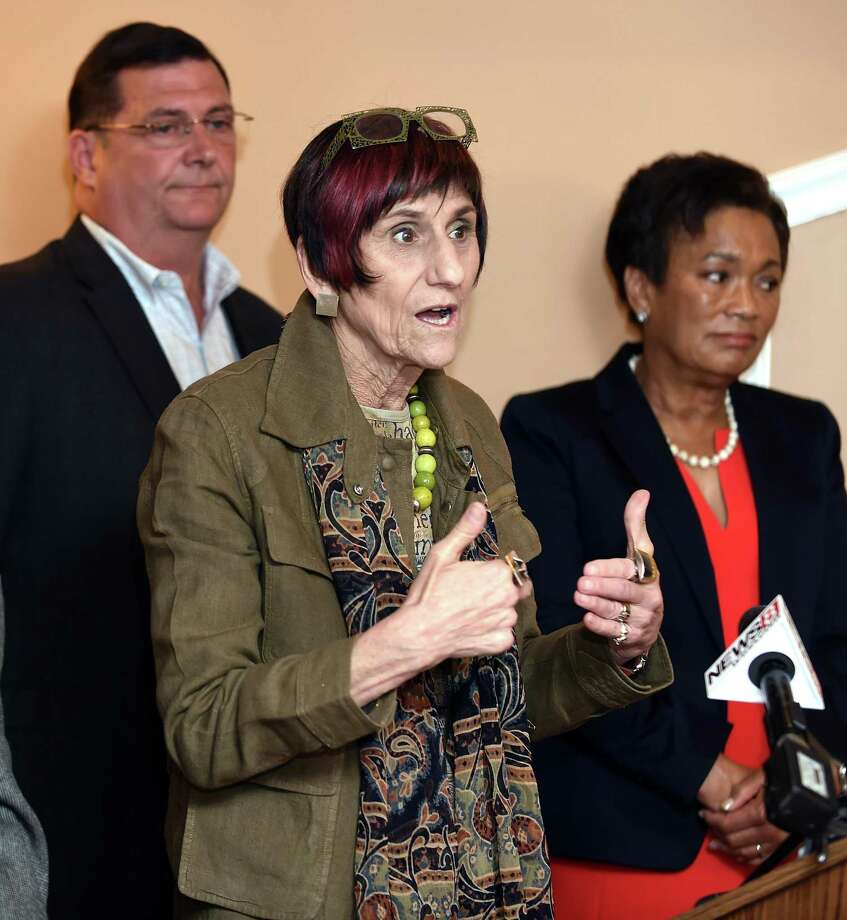 U.S. Rep. Rosa DeLauro (center) speaks with the press following a meeting with mayors and first selectmen from Connecticut's 3rd Congressional District at Brazi's Italian Restaurant in New Haven on 8/1/2017.  At left is West Haven Mayor Edward O'Brien and at right is New Haven Mayor Toni Harp. Photo: Arnold Gold / Hearst Connecticut Media / New Haven Register