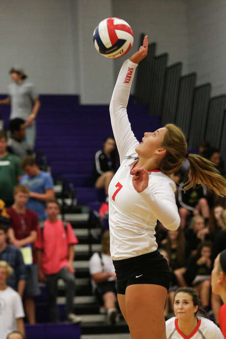 Porter's Hannah Adams (7) hits the ball during the high school volleyball game against Montgomery on Tuesday, Aug. 23, 2016, at Montgomery High School. To view more photos from the game, go to HCNpics.com. Photo: Michael Minasi, Photographer / Internal