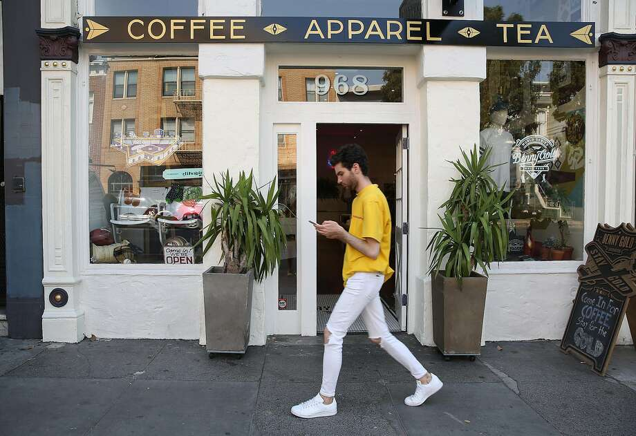 Outside view of the Benny Gold store that opened in February 2017. Photo: Liz Hafalia, The Chronicle
