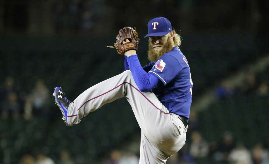 Rangers fall to Astros, WC hopes fading
