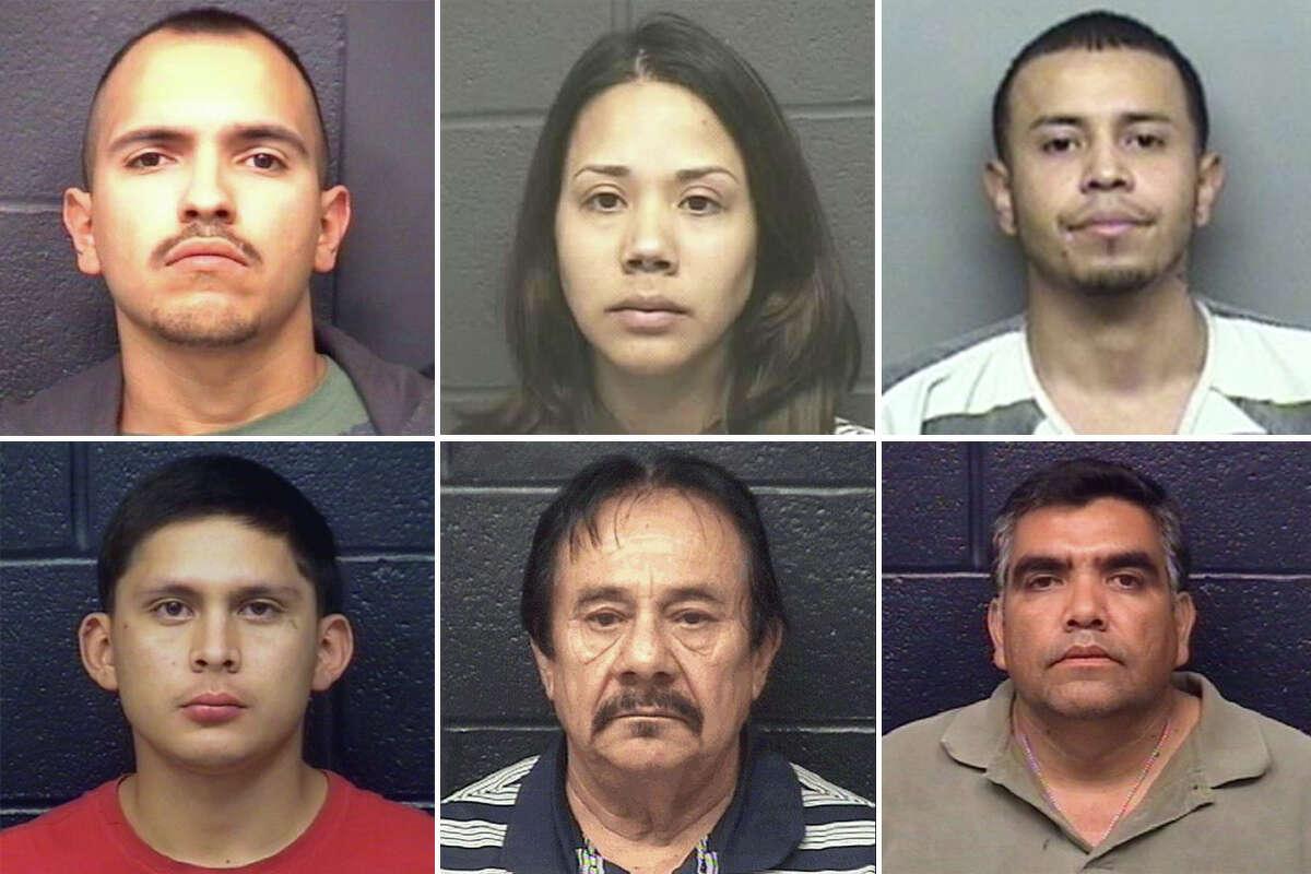 Hasta septiembre de 2017, hay 16 casos pendientes de homicidio en el área de Laredo, con un total de 19 acusados. Continúe viendo la galería de arriba para ver las fotografías de todos los acusados de homicidio.