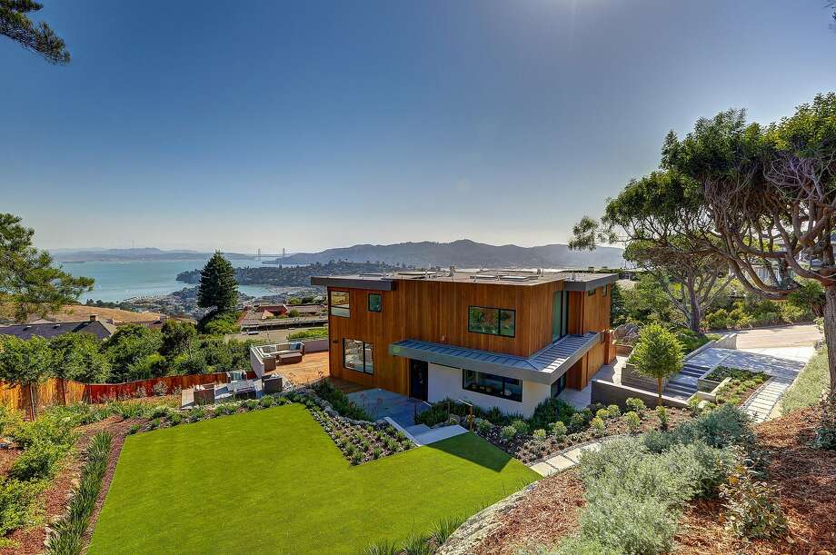 86 Sugarloaf is a newly built five-bedroom in Tiburon available for $6.995 million. Photo: Jason Wells Photography