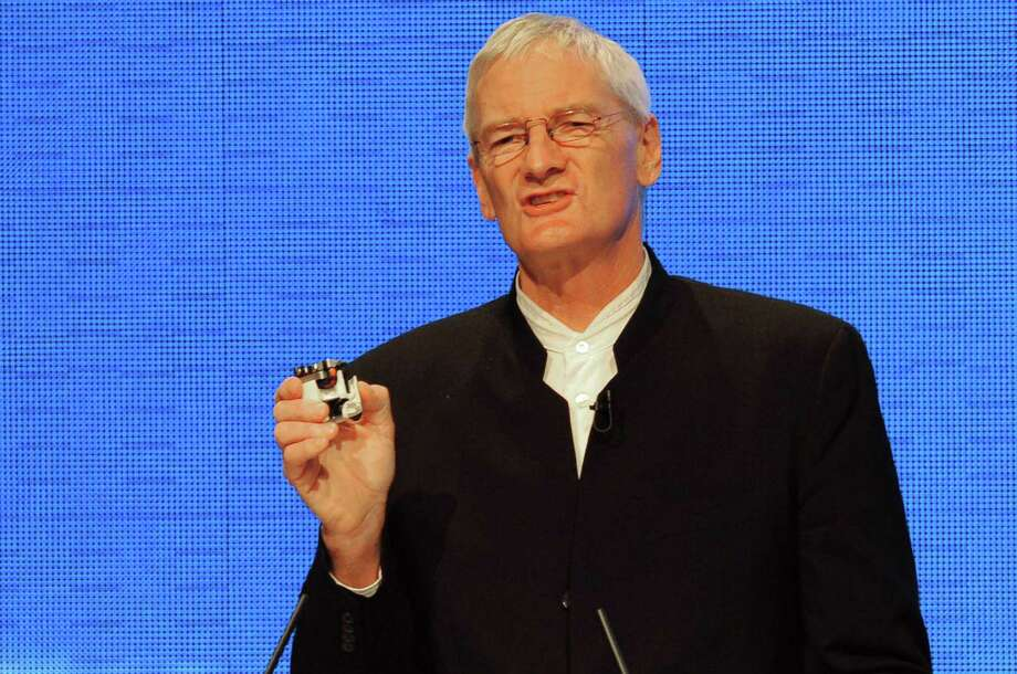 British inventor James Dyson, who is best known for his bagless vacuum cleaners, on Tuesday announced a plan to produce electric cars by 2020. Photo: Getty Images File Photo / AFP or licensors