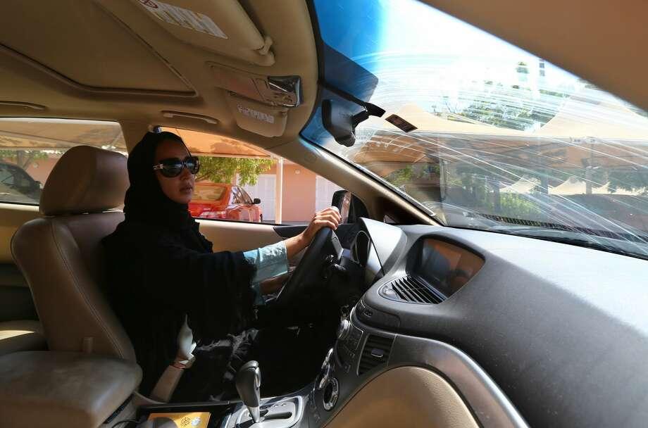 Saudi Arabia to lift ban on women drivers