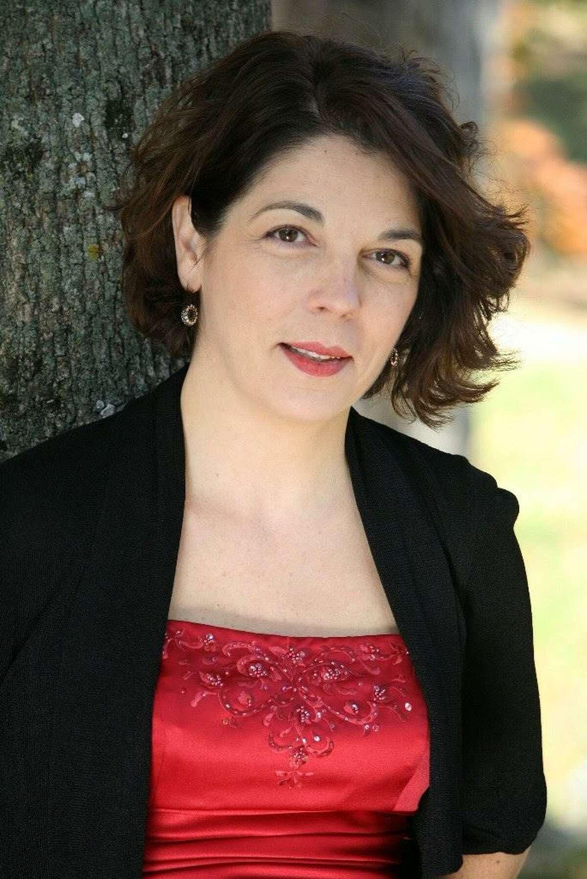 Soprano Louise Fauteux