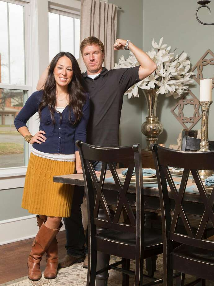 "HGTV's popular series ""Fixer Upper"" is coming to an end and Chip and Joanna Gaines have had to constantly address crazy rumors as to why they decided to leave the show, the latest being that their fame is putting the family's safety at risk.>> See fact that will make you fall even more in love with the Gaineses. Photo: HGTV, TNS"