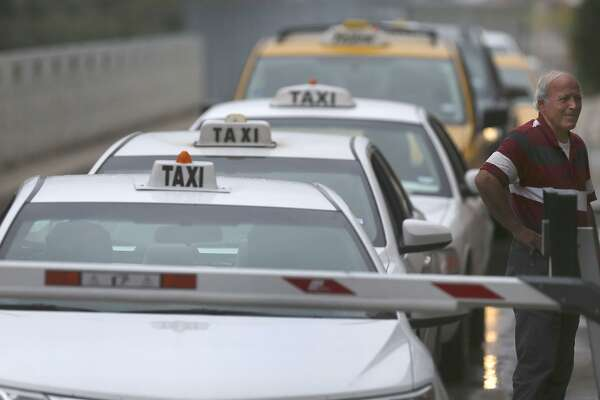 Taxi San Antonio >> City Keeps Its Cap On Taxi Permits For Now Expressnews Com
