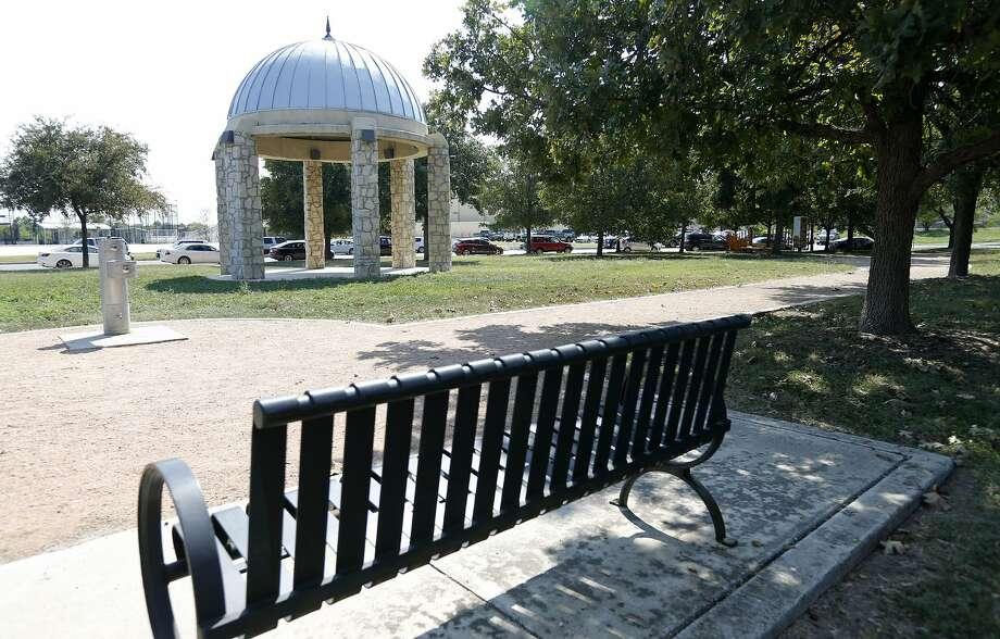 Monticello Park in the Monticello Park Historic District. Photo: Edward A. Ornelas /San Antonio Express-News / © 2017 San Antonio Express-News