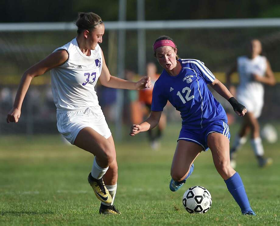 Old Lyme defeats North Branford, 1-0, Tuesday, September 26, 2017, at North Branford High School. Photo: Catherine Avalone, Hearst Connecticut Media / New Haven Register