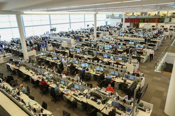 BP's natural gas and power trading arm has returned to BP's Helios Plaza trading floor, combing the country for available gas to deliver to utilities, industrial sites and refineries.