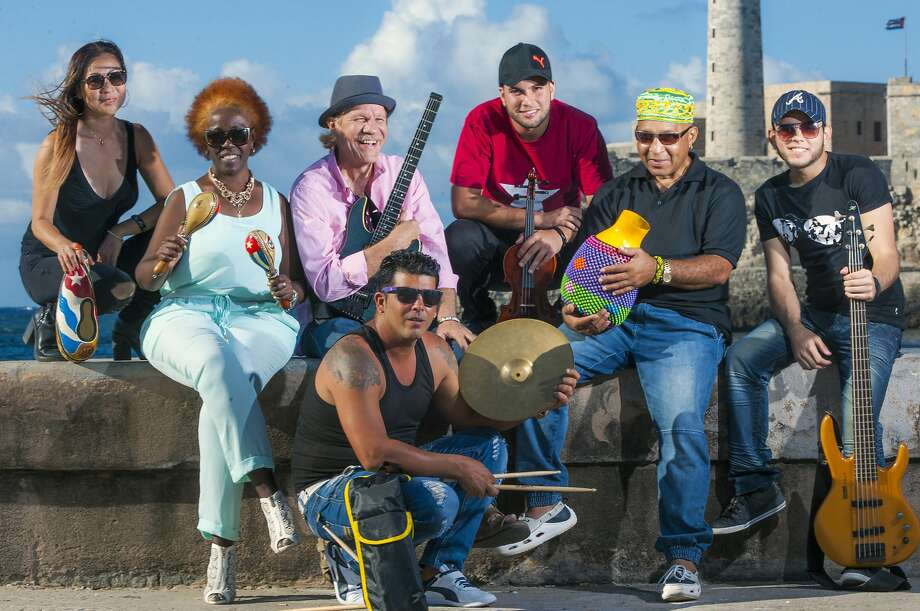 Pablo Menendez and hisCuban roots rock band Mezcla are scheduled to perform at theBrava Theater Center on Oct. 14. Photo: R. Franco