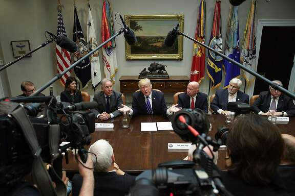 WASHINGTON, DC - SEPTEMBER 26:  U.S. President Donald Trump (C) speaks during a meeting with members of the House Ways and Means Committee as committee chairman Rep. Kevin Brady (R-TX) (R) and ranking member Rep. Richard Neal (D-MA) (L) listen September 26, 2017 at the Roosevelt Room of the White House in Washington, DC. President Trump met with members of the committee to discuss tax reform.  (Photo by Alex Wong/Getty Images)