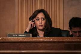 WASHINGTON, DC - SEPTEMBER 27: Sen. Kamala Harris (D-CA) listens during a Senate Committee on Homeland Security and Governmental Affairs hearing concerning threats to the homeland, September 27, 2017 in Washington, DC.  The committee and witnesses discussed both the threat from global terrorism as well as domestic terrorism. (Photo by Drew Angerer/Getty Images)