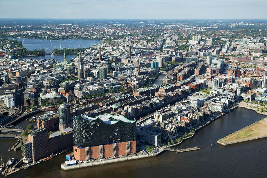 Aerial view of the Hamburg Elbphilharmonie concert hall. Photo: Andreas Vallbracht, Hamburg Marketing
