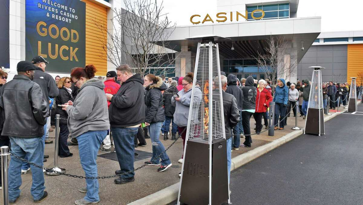 Patrons line up as the Rivers Casino and Resort opens Wednesday Feb. 8, 2017 in Schenectady, NY. (John Carl D'Annibale / Times Union)