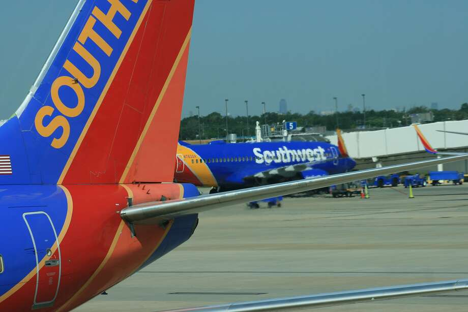FILE-- Some Southwest Airlines passengers thought they were headed for a crash as their flight from Florida to New Orleans attempted to land on Saturday during a storm. Photo: Bill Montgomery, Houston Chronicle