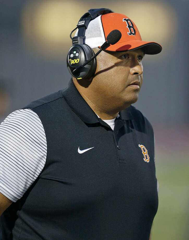 Burbank coach Mark Perez watches from the sidliens during a game against Jefferson on Sept. 28, 2017 at Alamo Stadium. Photo: Edward A. Ornelas /San Antonio Express-News / © 2017 San Antonio Express-News