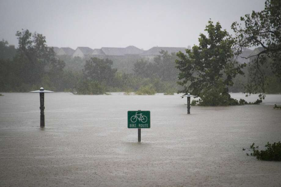The city of Houston, for example, has experienced a 167 percent increase in the intensity of heavy downpours between 2005-2014 as compared to 1950-1959. Photo: Marie D. De Jesus/Houston Chronicle
