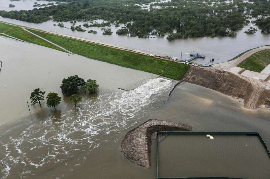 Water is released from the Barker Reservoir in the aftermath of Tropical Storm Harvey on Tuesday, Aug. 29, 2017, in Houston. ( Brett Coomer / Houston Chronicle ) Photo: Brett Coomer/Houston Chronicle