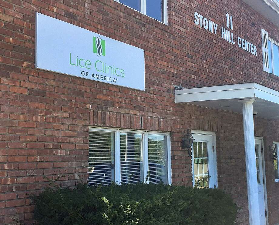 Lice Clinics of America will open soon at 11 Stony Hill Center in Bethel, Conn. Shown is the building on Wednesday, Sept. 27, 2017. Photo: Chris Bosak / Hearst Connecticut Media / The News-Times
