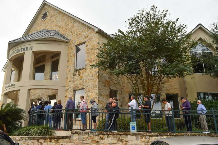 Voters are lined up early on Election Day in November 2016 to cast their ballots at the Hartman Centre II on Bitters Road. The Texas Secretary of State said Friday that the U.S. Department of Homeland Security erred in claiming Russian cyber attackers targeted Texas' election system prior to the 2016 election. Photo: Robin Jerstad /San Antonio Express-News / ROBERT JERSTAD