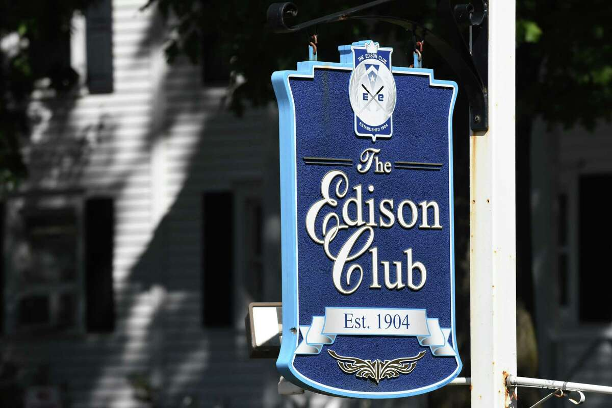 The Edison Club on Riverview Road on Friday, Sept, 29, 2017, in Rexford, N.Y. The club wants to build homes and condos on the property to improve its economic outlook. (Will Waldron/Times Union)