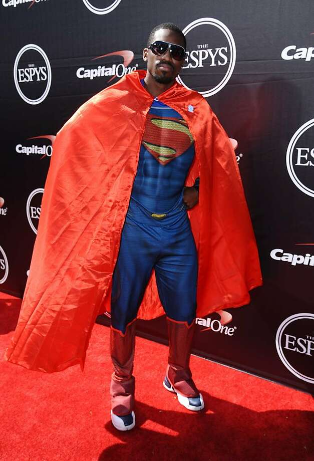 NFL football player Marquette King, of the Oakland Raiders, arrives at the ESPY Awards at the Microsoft Theater on Wednesday, July 15, 2015, in Los Angeles. (Photo by Richard Shotwell/Invision/AP) Photo: Richard Shotwell, Richard Shotwell/Invision/AP