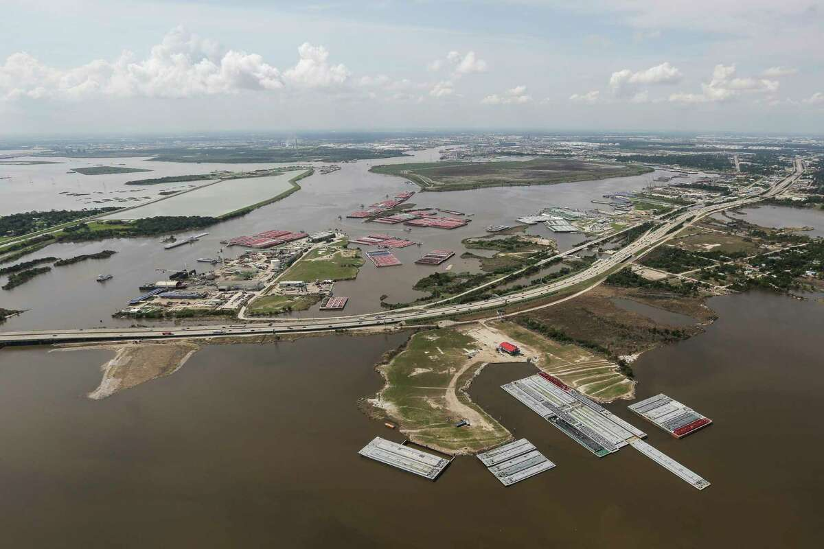 Divers at the San Jacinto River Waste Pits found sediment with high levels dioxin, a cancer-causing chemical stored at the site.