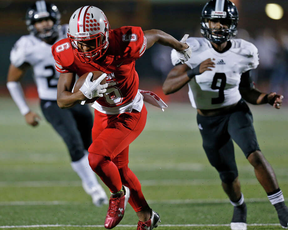 Judson's Joseph Hudson heads to the end zone for a touchdown ahead of Steele's Noel Rodriguez on a pass play during first half action Friday Sept. 29, 2017 at Rutledge Stadium. Photo: Edward A. Ornelas, San Antonio Express-News / © 2017 San Antonio Express-News