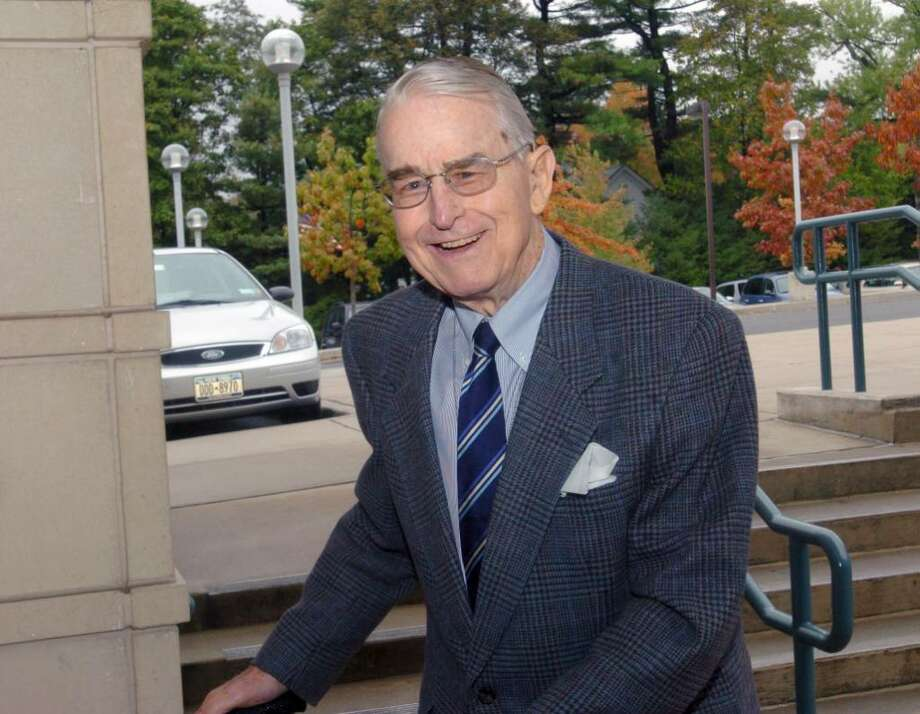 Prescott Bush Jr., brother of former President George H.W. Bush and uncle to former President George W. Bush, is seen attending a book-signing at Greenwich Library in 2006. Bush has died at age 87. Photo: File Photo / Greenwich Time File Photo