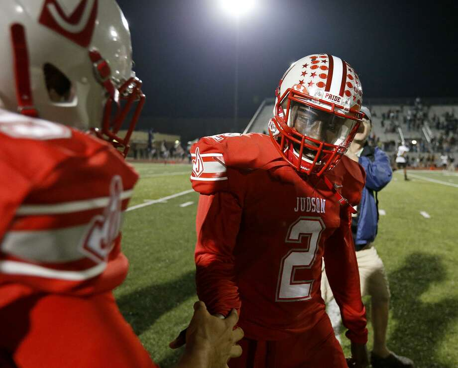 Judson's Julon Willimas celebrates with teammates after a 35-28 victory over Steele on Sept. 29 at Rutledge Stadium. Photo: Edward A. Ornelas /San Antonio Express-News / © 2017 San Antonio Express-News