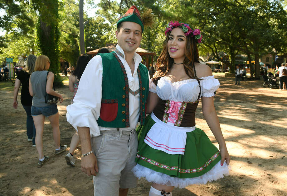 Hundreds of people came out to enjoy the perfect weather on the opening weekend of the Texas Renaissance Festival. Photo: Jerry Baker/Houston Chronicle