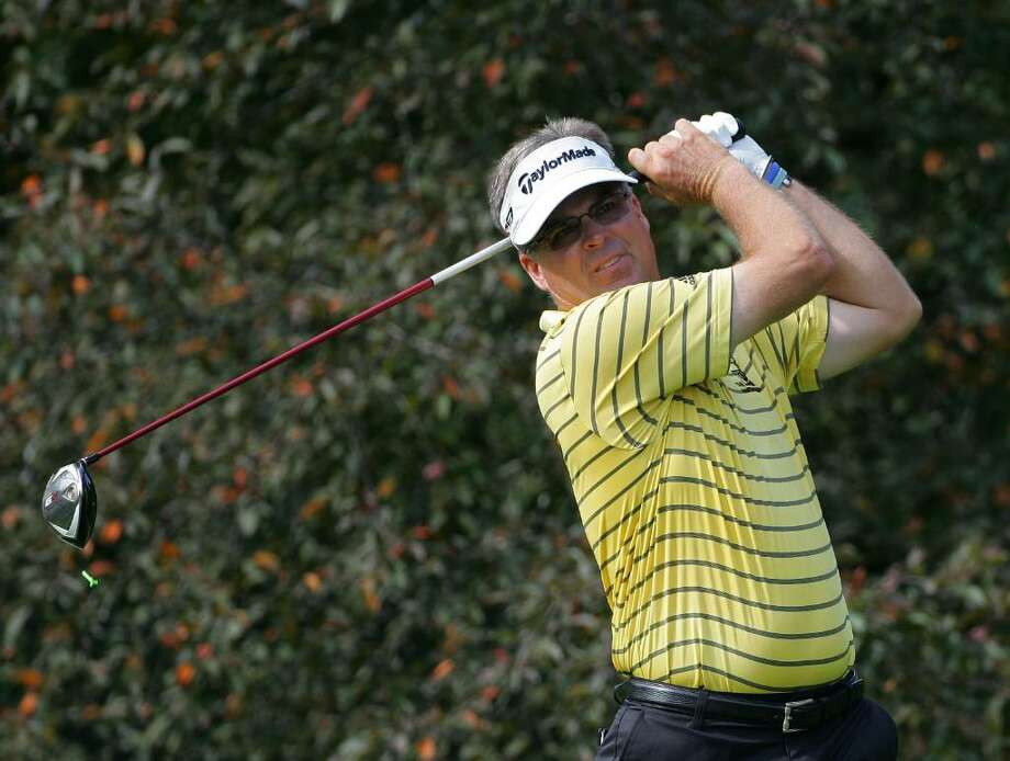 CROMWELL, CT - JUNE 24: Kenny Perry, the defending champion, hits a drive during the first round of the Travelers Championship held at TPC River Highlands on June 24, 2010 in Cromwell, Connecticut.  (Photo by Michael Cohen/Getty Images) *** Local Caption *** Kenny Perry Photo: Michael Cohen, Getty Images / 2010 Getty Images
