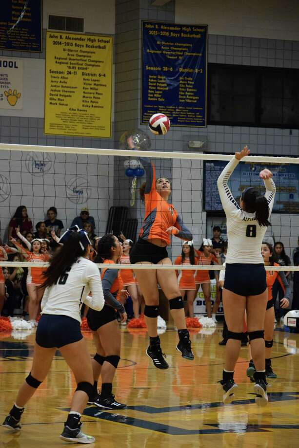 Alexander beat United 3-1 (25-20, 23-25, 25-19, 25-20) Saturday to close out an undefeated first half of the district season. Photo: Courtesy Photo