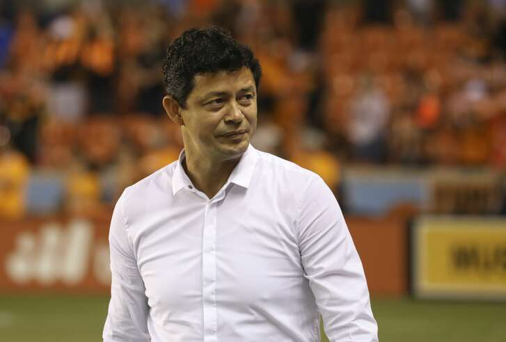 Houston Dynamo head coach Wilmer Cabrera walk onto the field before the team takes on Minnesota United a Major League Soccer game at BBVA Compass Stadiuym Saturday, Sept. 30, 2017, in Houston. ( Yi-Chin Lee / Houston Chronicle )