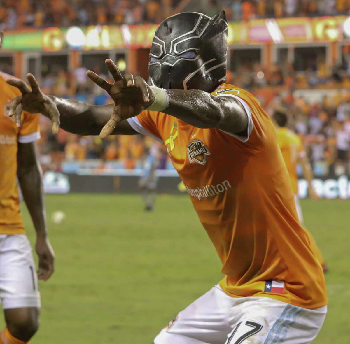 Alberth Elis puts a scare into his opponents after scoring in the 69th minute Saturday by donning a panther mask.