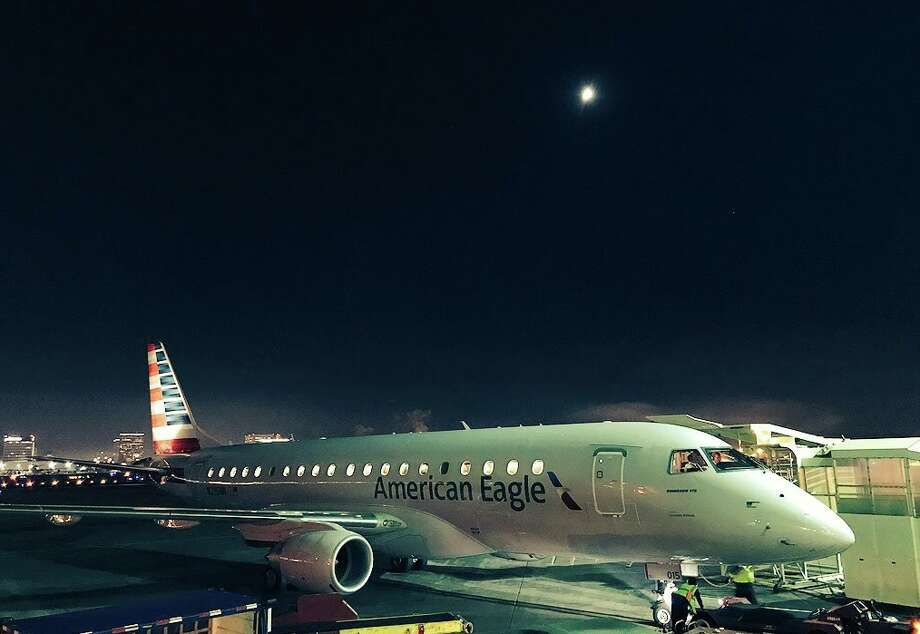 Airfares in the California Corridor plummeted this week - American Eagle Embraer 175 at LAX Photo: Chris McGinnis
