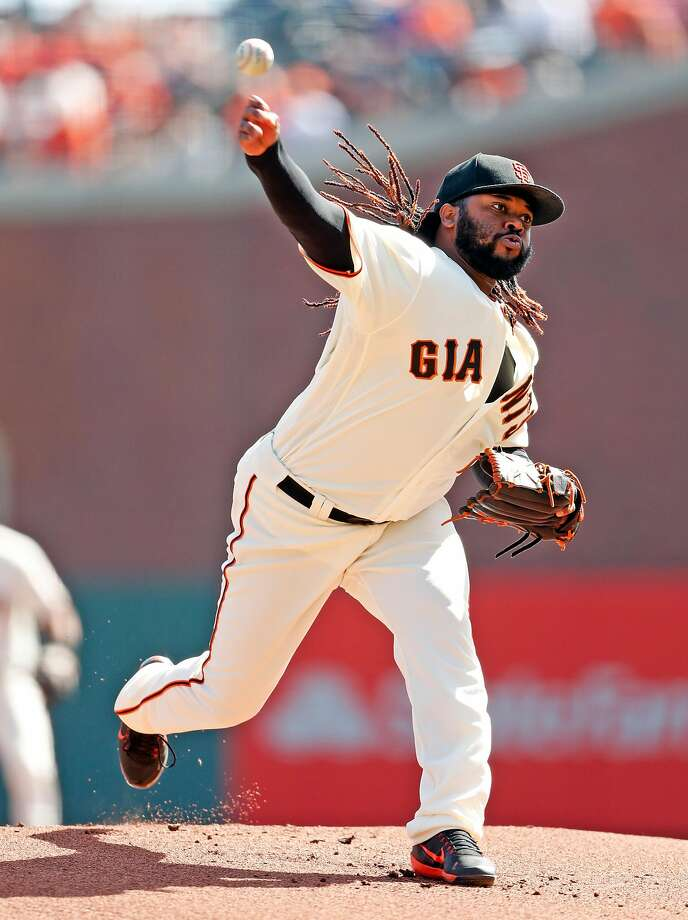 San Francisco Giants' Johnny Cueto pitches in 1st inning against San Diego Padres during MLB game at AT&T Park in San Francisco, Calif., on Sunday, October 1, 2017. Photo: Scott Strazzante, The Chronicle