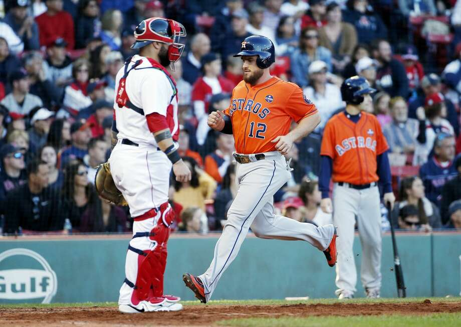 Astros catcher Max Stassi is likely to get first crack at being the team's back-up to Brian McCann in 2018, general manager Jeff Luhnow said. Photo: Michael Dwyer/Associated Press