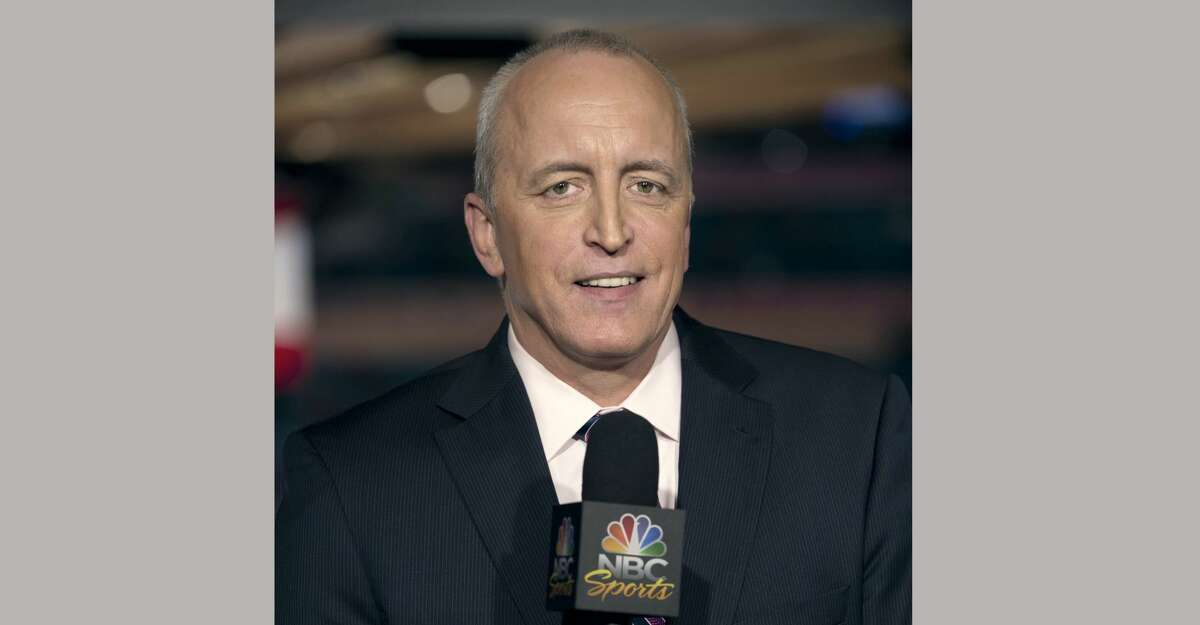 """This April 4, 2011 image released by NBC Universal shows announcer Dave Strader for """"NHL on Versus,"""" in New York. Strader died Sunday, Oct. 1, 2017, at his home in Glens Falls, N.Y., after battling bile duct cancer for over a year. He was 62. (Virginia Sherwood/NBC Universal via AP)"""