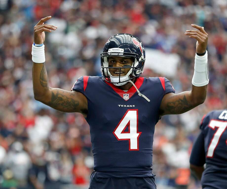 Houston Texans quarterback Deshaun Watson (4) celebrates after DeAndre Hopkins' touchdown during the first quarter of an NFL football game at NRG Stadium, Sunday, Oct. 1, 2017, in Houston.   ( Karen Warren / Houston Chronicle ) Photo: Karen Warren, Houston Chronicle