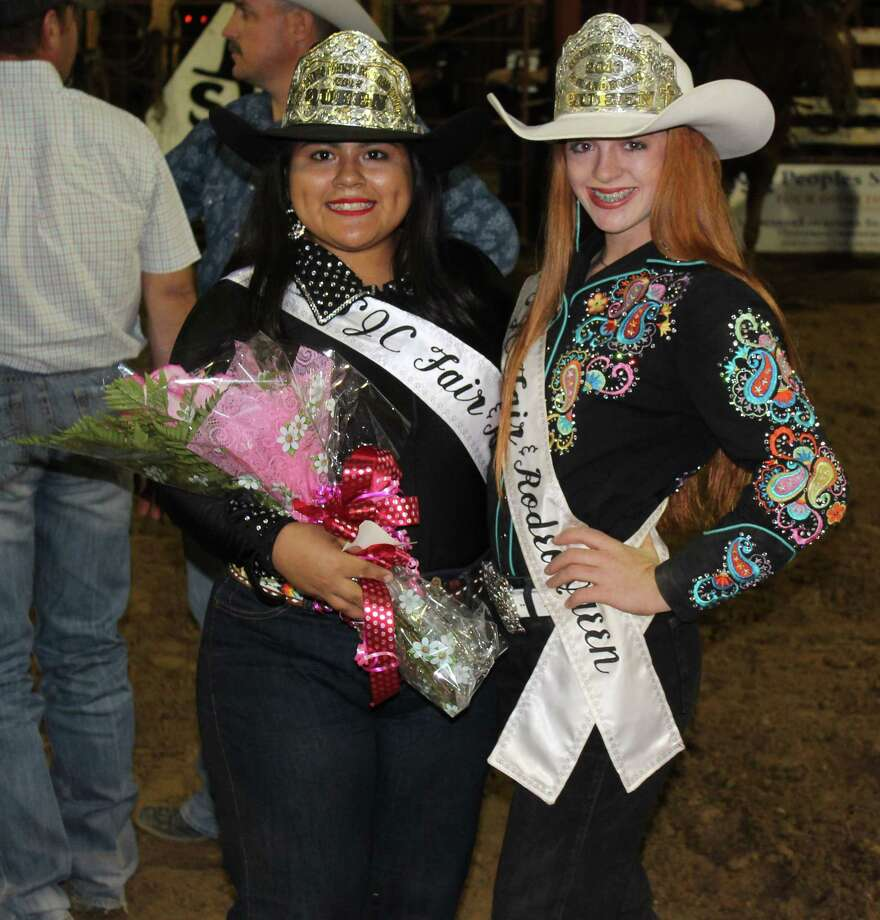 Lourdes Grimaldo (left) is crowned the 2017 San Jacinto County Rodeo Queen, succeeding 2016 Rodeo Queen Jacelynn Head (right). Photo: Jacob McAdams