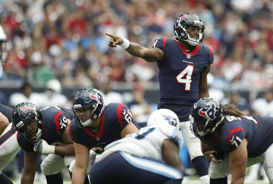 Houston Texans quarterback Deshaun Watson (4) calls a play during the third quarter of an NFL football game at NRG Stadium, Sunday, Oct. 1, 2017, in Houston.   ( Karen Warren / Houston Chronicle ) Photo: Karen Warren/Houston Chronicle