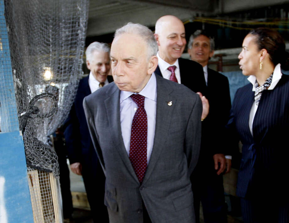 FILE - In this May 25, 2011 file photo, Conde Nast chairman, Si Newhouse Jr., leaves a news conference in New York. The billionaire media mogul died at his New York home, Sunday, Oct. 1, 2017. He was 89. (AP Photo/Mary Altaffer, File) ORG XMIT: NYCL705 Photo: Mary Altaffer / AP2011