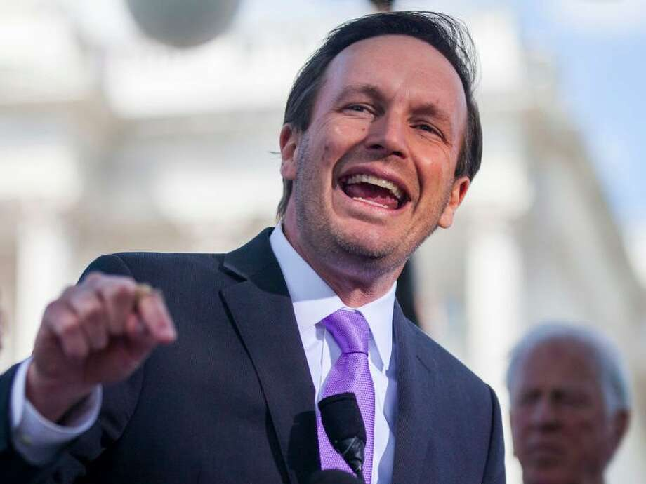 Connecticut Sen. Chris Murphy believes congress needs to pass tougher gun control legislation. (Zach Gibson/Getty Images)