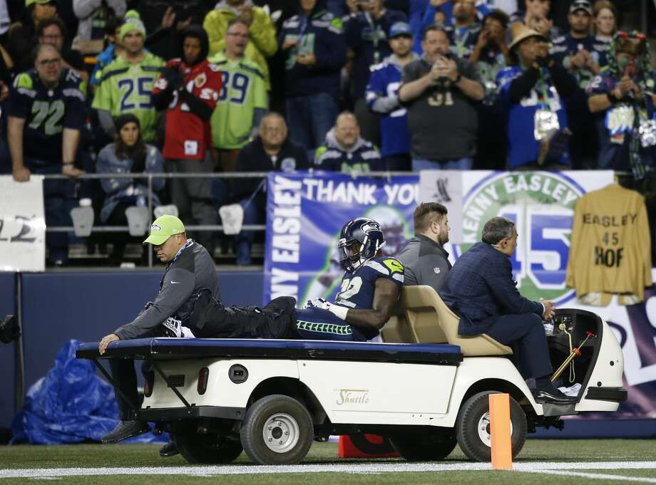 """Bleacher Report's Richard JanvrinThe Seahawks aced their test versus the Colts, Janvrin wrote while giving the team an A for its Week 4 effort, but it came with a cost. """"The running game took an unfortunate blow: Chris Carson left the game in the fourth quarter with a gruesome-looking leg injury,"""" he wrote. """"Finding a source of consistent rushing production has been difficult for the Seahawks, and with Carson's injury they'll need to continue that search."""" Photo: Otto Greule Jr/Getty Images"""