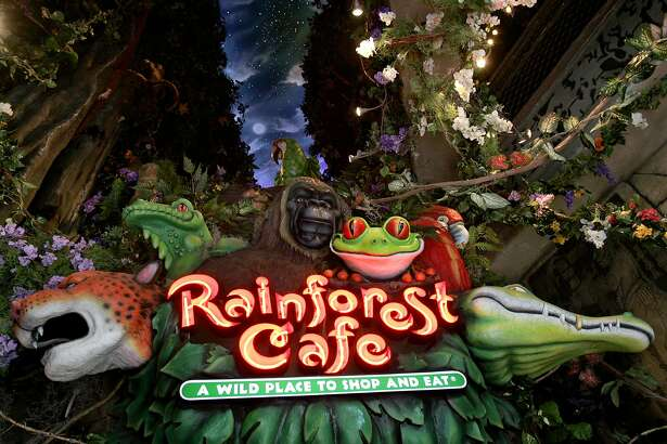 The new Rainforest Cafe on the Riverwlk. KEVIN GEIL/STAFF