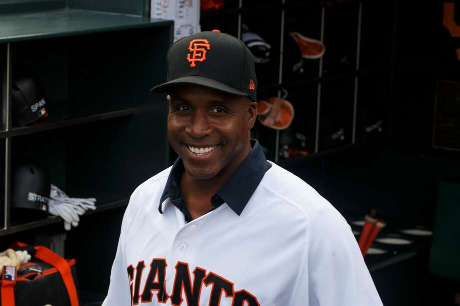 SAN FRANCISCO, CA - AUGUST 05: Former outfielder Barry Bonds of the San Francisco Giants stands in the dugout before the game against the Arizona Diamondbacks at AT&T Park on August 5, 2017 in San Francisco, California. The San Francisco Giants defeated the Arizona Diamondbacks 5-4 in 10 innings. (Photo by Jason O. Watson/Getty Images) Photo: Jason O. Watson/Getty Images