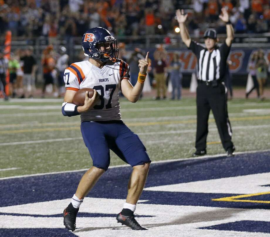Brandeis' Marlon Flores-Flores celebrates after scoring a touchdown against Boerne Champion during second half action on Sept. 14, 2017. Photo: Edward A. Ornelas /San Antonio Express-News / © 2017 San Antonio Express-News